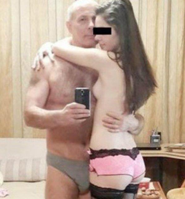 Joven pareja colombiana follando y mamando x todo el mundo 10