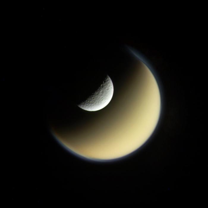Las lunas Titán y Rhea | Jason Major (cc) | Flickr