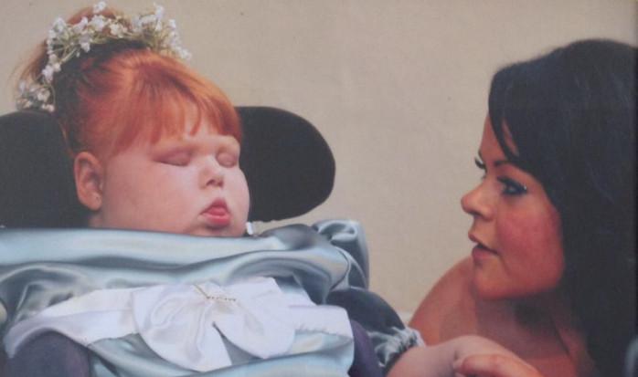 Charlotte junto a su hija Nancy | Facebook