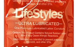 LifeStyles Ultra Lubricated