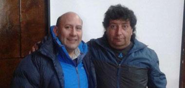 Claudio Santana (derecha)   La Nación