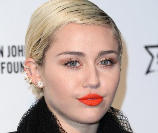 Miley Cyrus arrasa con...