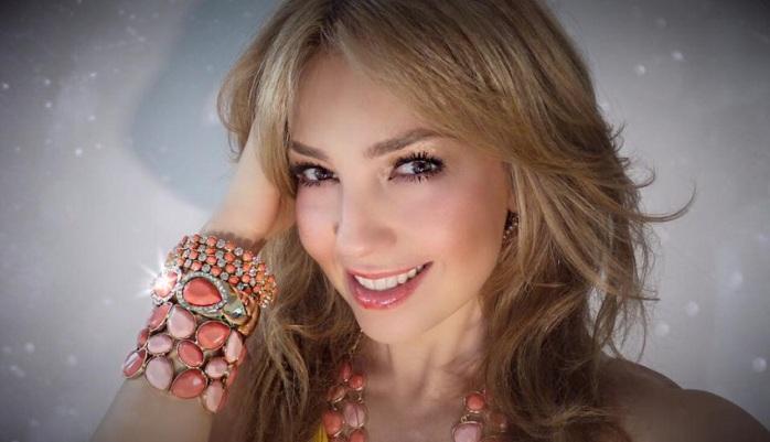 Thalía   Facebook