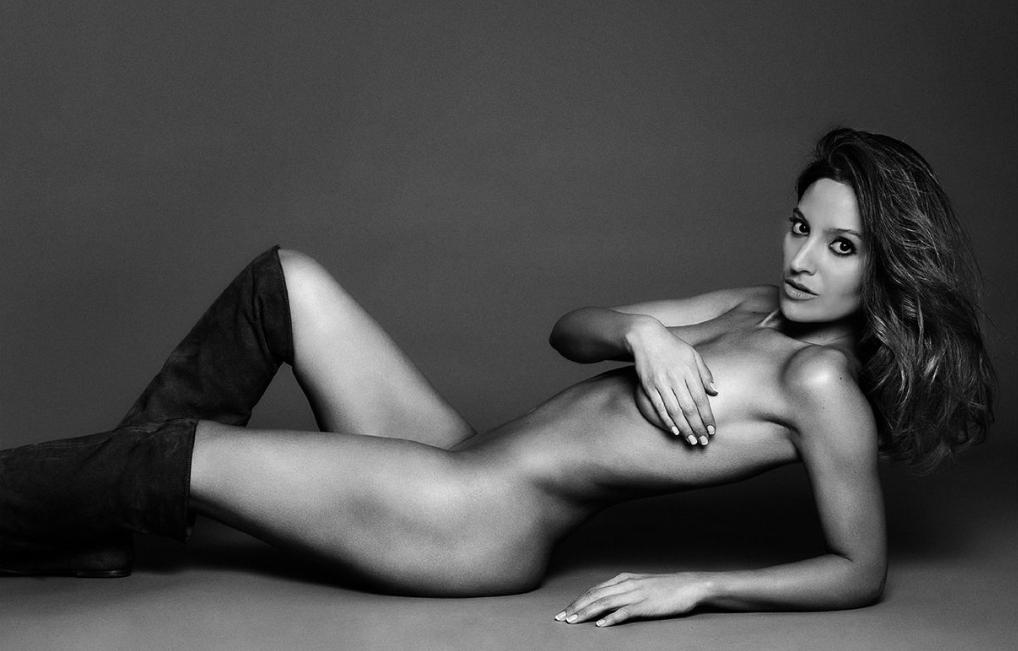 Actriz De Infieles Protagoniza Sensual Desnudo Para Revista