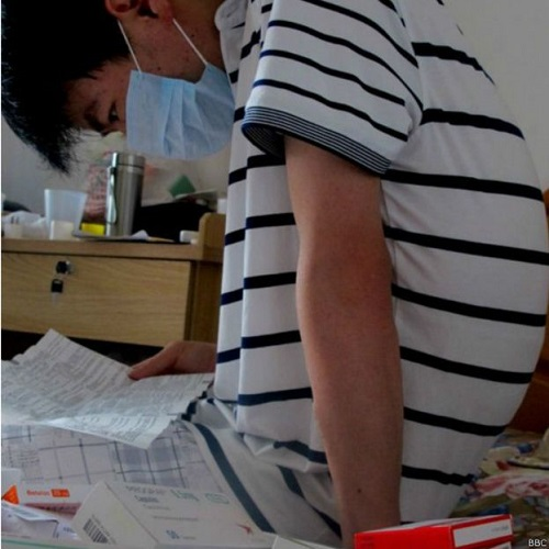 Li Haiqing espera un donante | BBC Mundo