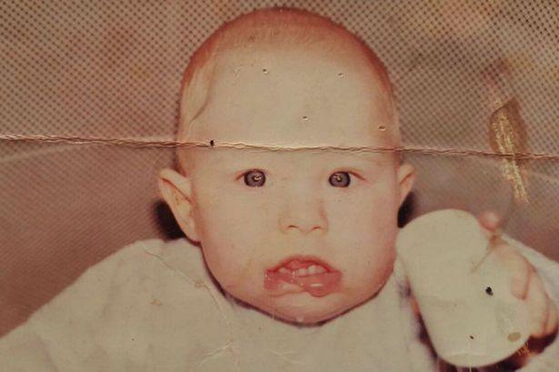 Danielle cuando era bebé | Mirror.co.uk