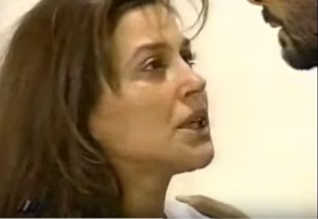 Carolina Arregui en Algo está cambiando | Youtube