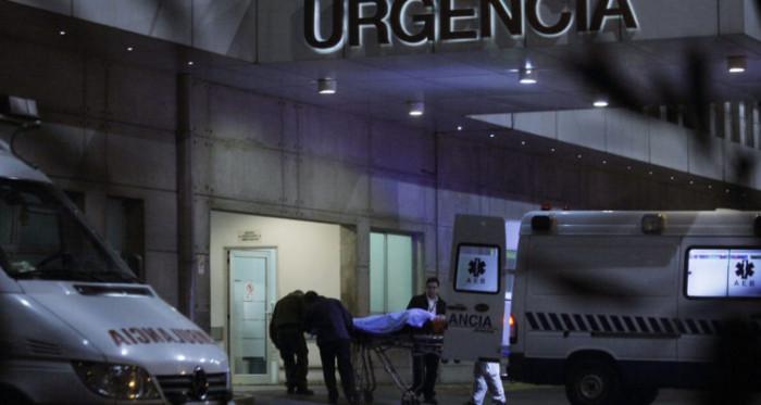 Oficiales heridos llegan a Hospital de Carabineros