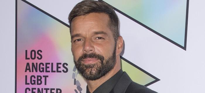 Ricky Martin juega con su hija en redes sociales