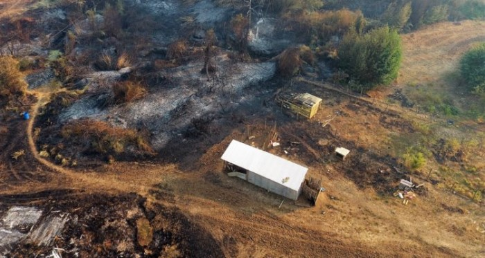 Casas quemadas en Cholchol | Héctor Andrade | Agencia UNO