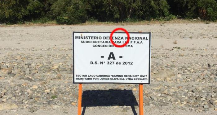 Letrero en playa de Lago Caburga   Cedida