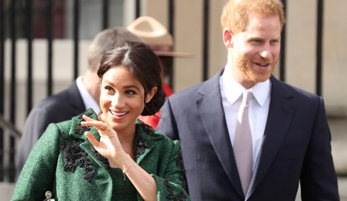 El desaire de Meghan Markle a la reina Isabel II por el nacimiento de su primer hijo