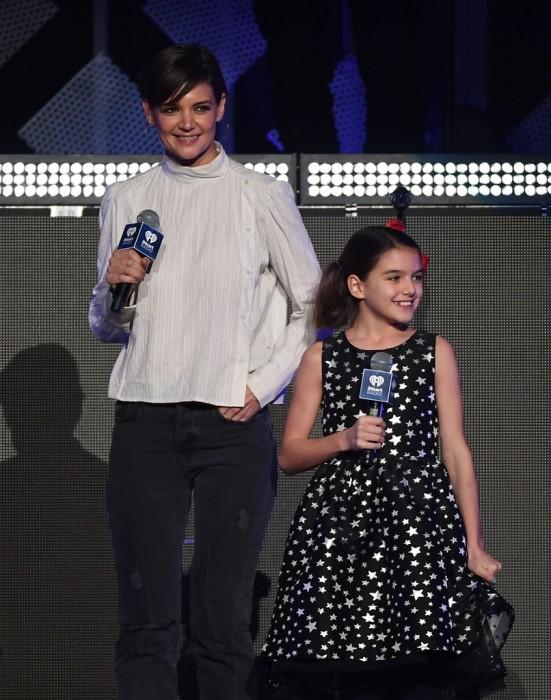 Suri, la hija de Tom Cruise y katie Holmes cumplió 13 años y no creerás lo grande que está