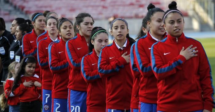 El hito que marcará el partido de la 'Roja' y Holanda en el fútbol femenino: será el primero con VAR