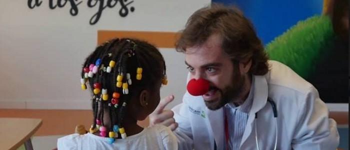 La historia del 'Capitán optimista' que ayudó a niños con cáncer y murió por la misma enfermedad