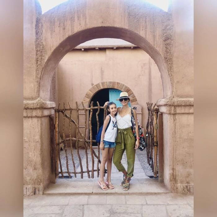 Carola de Moras sorprendió con fotografías en las que mostró lo grande que está su hija Mila