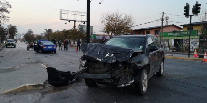 accidente de auto dejó a embarazada de 37 sin vida