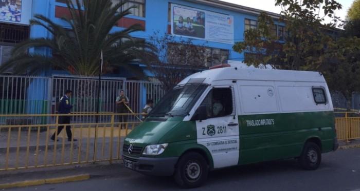 Riña terminó de la peor forma: estudiante muere tras ser apuñalado afuera de colegio de El Bosque