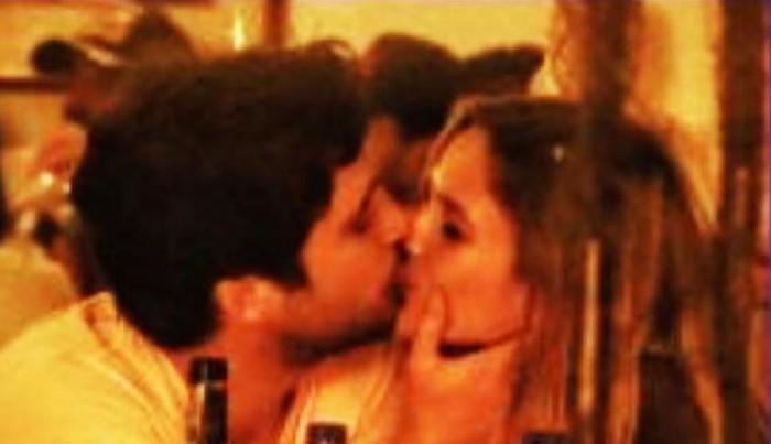 Mayte Rodríguez y Diego Boneta se besan en Cartagena