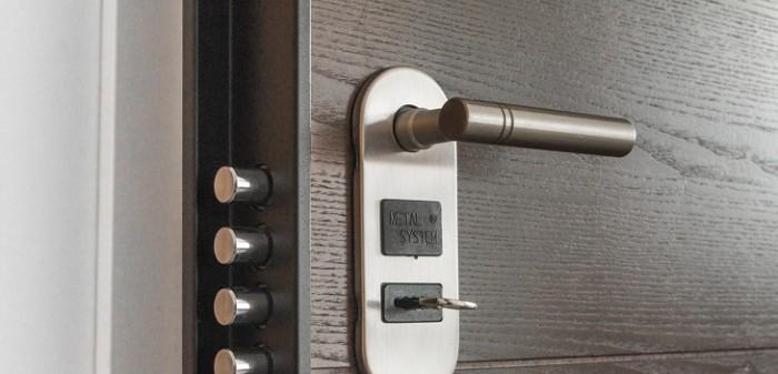 ¿Cómo salir de manera segura en Semana Santa y evitar robos en tu hogar?