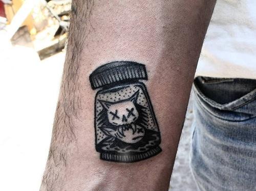 El tatuador Darío Salas comenta porqué es mejor hacerse un tatuaje en esta época del año