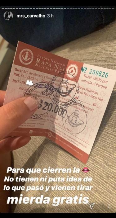 michelle carvalho demuesra pagó su ticket para entrar a parque rapa nui