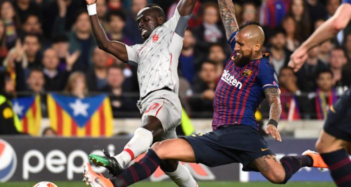 Arturo Vidal Barcelona Champions League