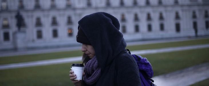 Bajas temperaturas en la capital luego de frente de mal tiempo