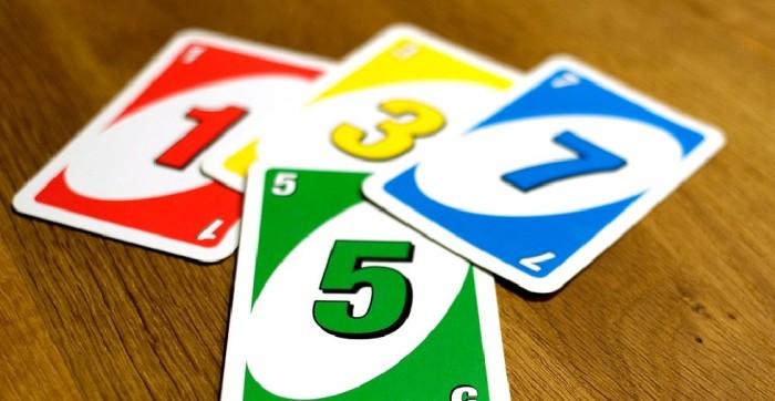 Aclaran que no se pueden sumar cartas +2 y +4 en UNO