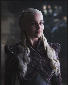 Emilia Clarke explica los motivos que tuvo para rechazar papel en 50 sombras de Grey