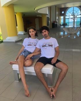 Vacaciones de Héctor Morales y Helénia Melán