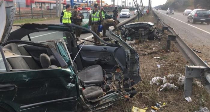 auto despedazado accidente ruta 160