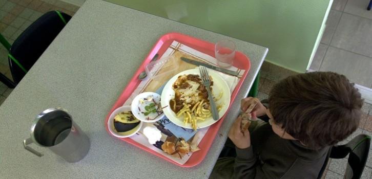 mijer fue despedida de comedor escolar por dar comida a estudiante sin dinero