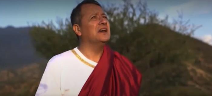 alcalde de Mostazal, Sergio Medel, interpretando a poncio pilatos