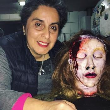 Chef fanática de Pacto de Sangre creó torta de cabeza de Daniela Solís