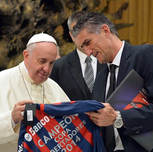papa francisco es hincha de san lorenzo