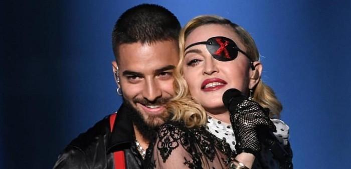 Looks de celebridades en Premios Billboard 2019