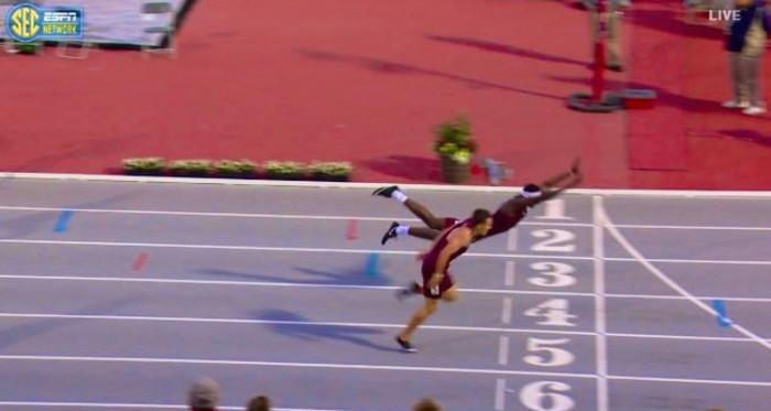 Atleta saltó a lo superman en prueba
