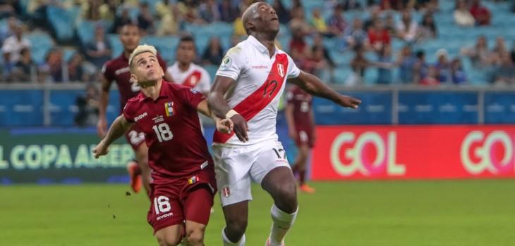 Desagradable sonido de comentarista de Canal 13 partido Perú Venezuela Copa América