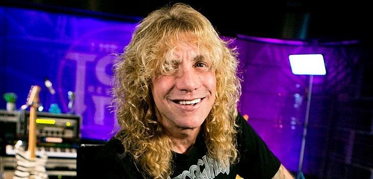 Exbaterista de Guns N'Roses se acuchilló a sí mismo