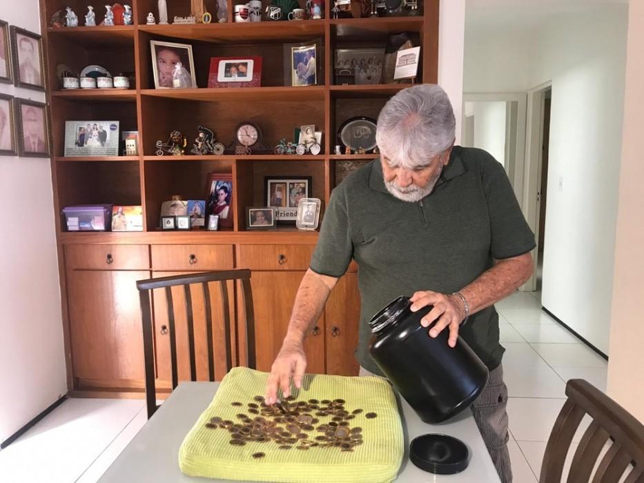 Nilo Veloso dejó de fumar y ahorró millones