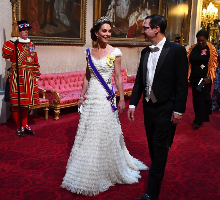 El tributo de Kate Middleton a Lady Di en cena de gala en honor a Trump