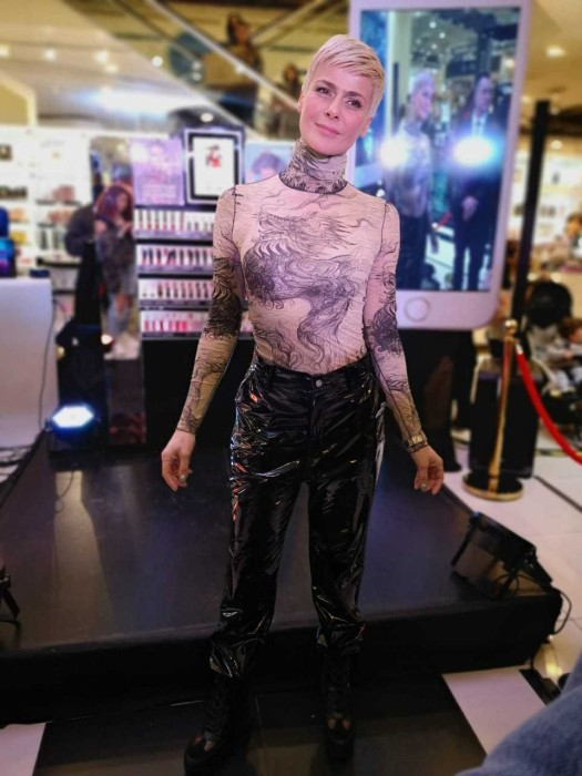 Tonka Tomicic en evento de Paris