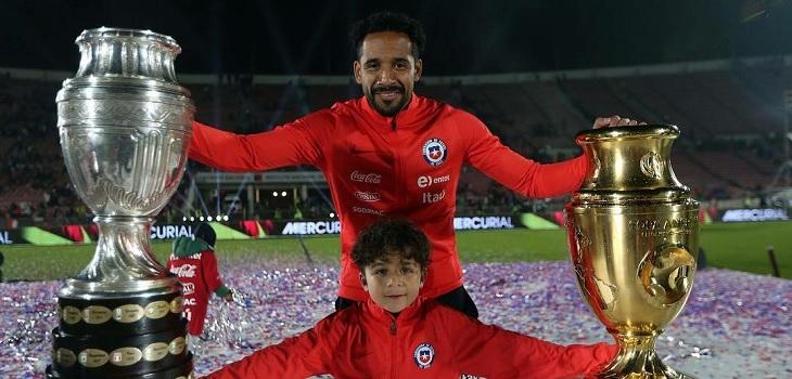 Tras concluir la Copa América, Jean Beausejour anuncia su retiro de 'La Roja'