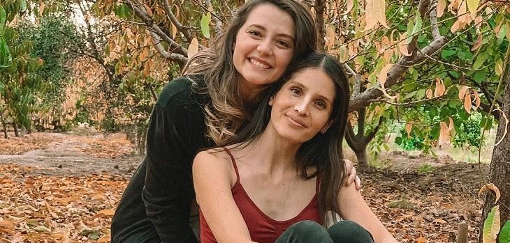 Exs Amango Magdalena Müller y Carolina Vargas reversionaron hit de la serie reversionaron