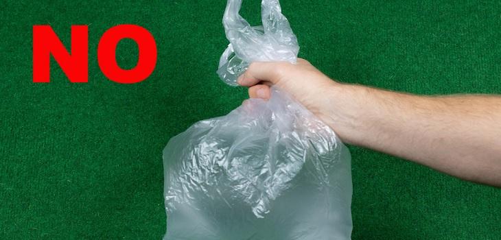 Campaña de supermercado para ridiculizar a quienes no llevan bolsas reutilizables