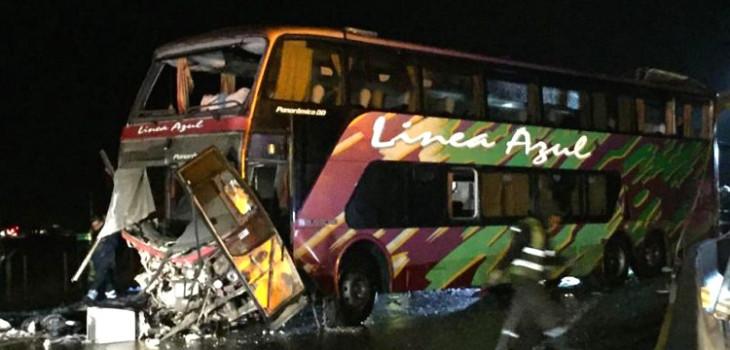 Dan a conocer identidad de todas las víctimas fatales en accidente de bus Línea Azul