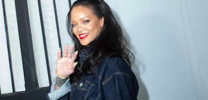 la prueba de que Rihanna NO está en Chile por el eclipse