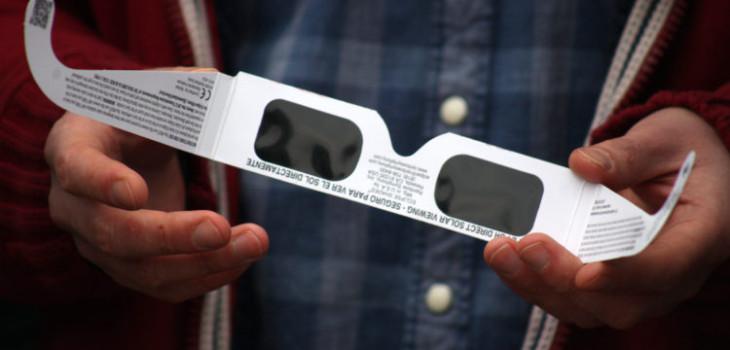a estas horas exactas comenzará el eclipse en las distintas ciudades del país