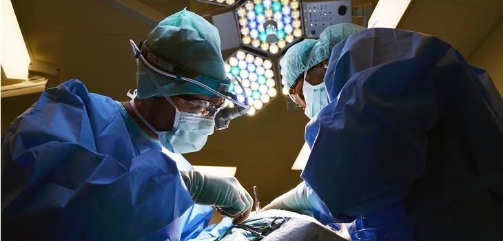 medico amputo pierna equivocada mujer argentina